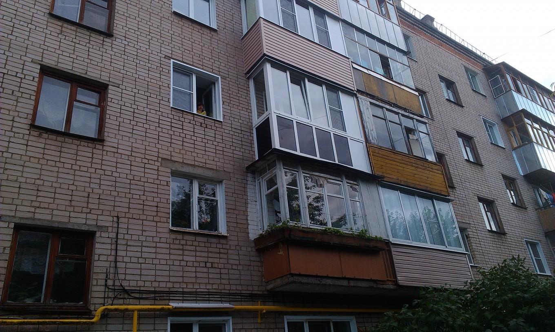 Остекление балкона с тонировкой (1)